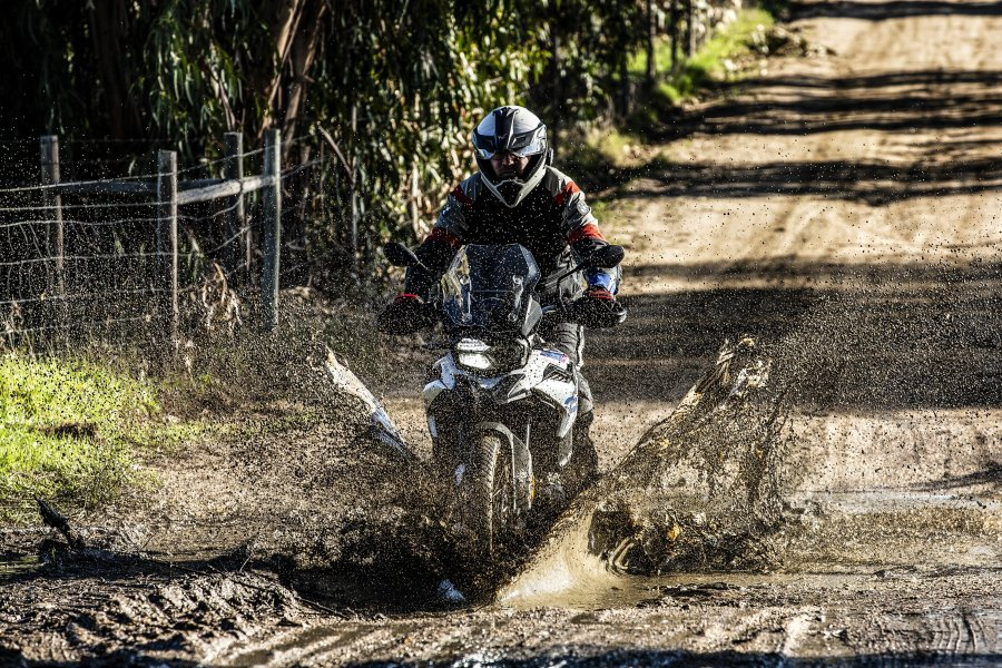 MICHELIN ANAKEE ADVENTURE BARRO2